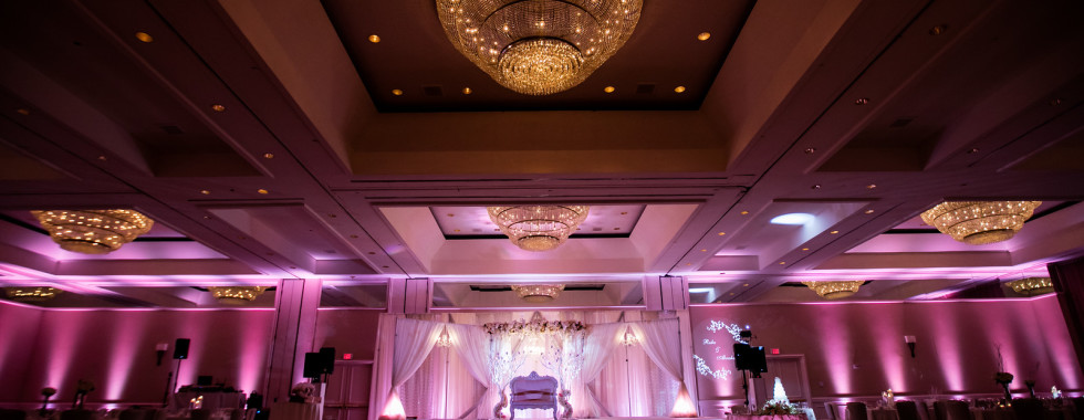 #MichaelAnthonyProductions #GrandHyattTampaBay #ArabWedding #AfrahProductions #TampaWedding #TampaDJ #WeddingDJ #UpLighting #AccentLighting #WeddingUplighting